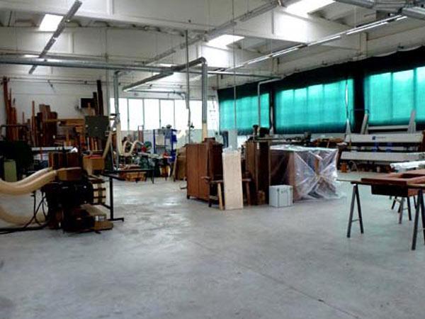 azienda-falegnameria-busini-realizzazione-inffissi-in-legno-Neviano-degli-arduini