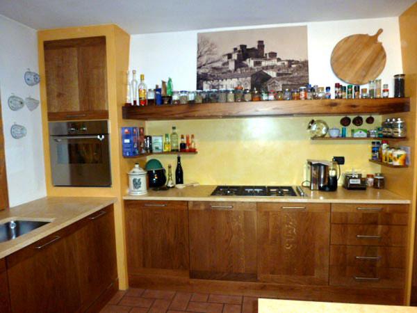 Cucine in legno su misura parma la spezia realizzazione produzione preventivi - Cucine legno massello ...
