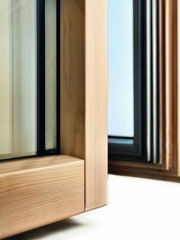 Finestre in legno carpi produzione vendita installazione - Porte e finestre in legno prezzi ...