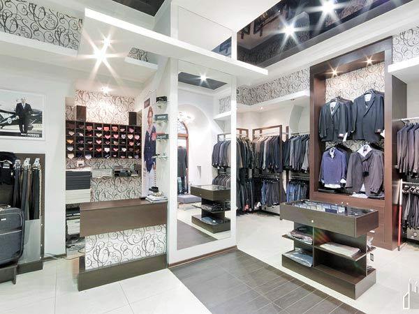 progettazione-arredi-per-negozi-in-legno-su-misura-La-Spezia